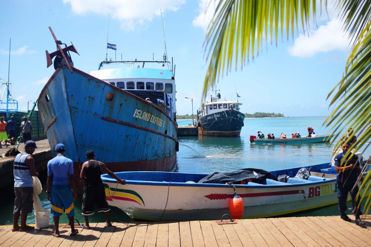 Hibiscus & Nomada : Corn Islands - Ferry Dock Big Corn Island