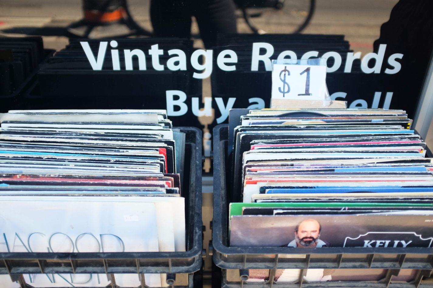 Hibiscus & Nomada : - - Vintage Records
