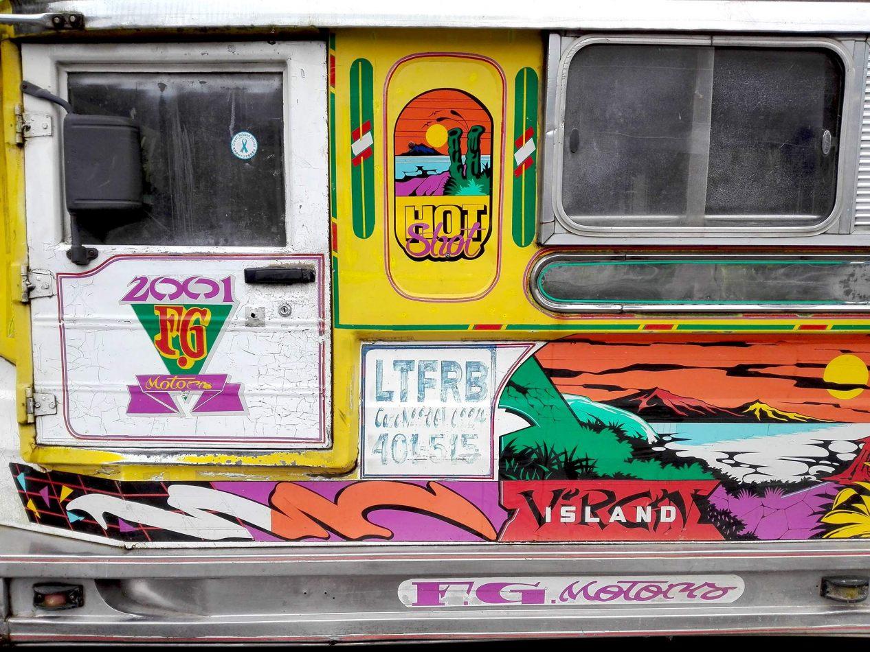 Hibiscus & Nomada : - - Jeepney