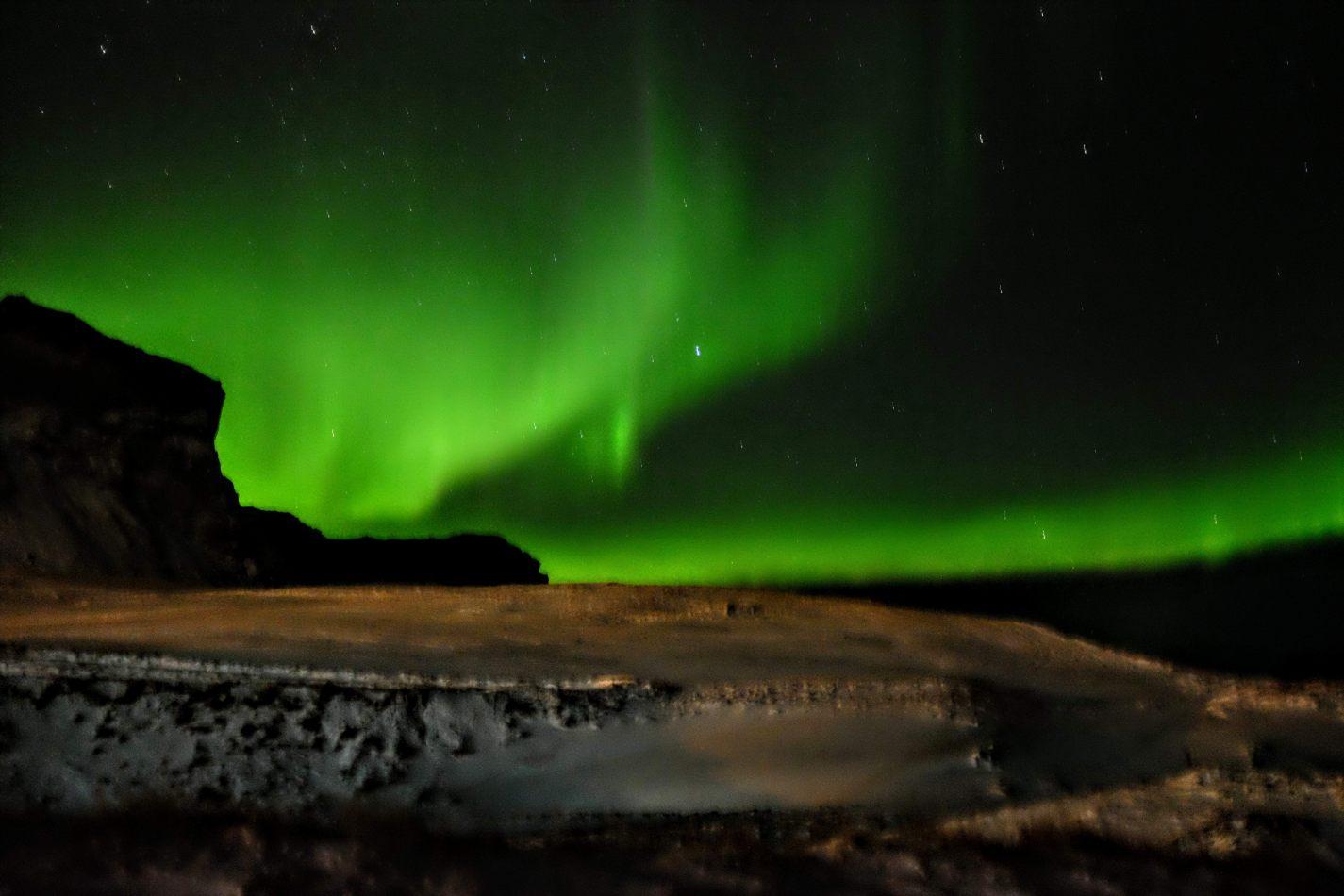 Hibiscus & Nomada : - - Northern Lights