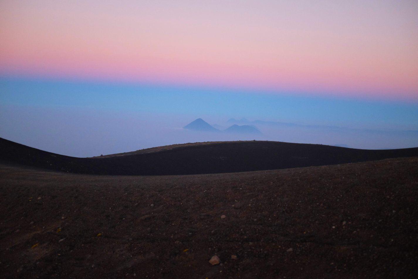 Hibiscus & Nomada : - - Sunrise from Acatenango