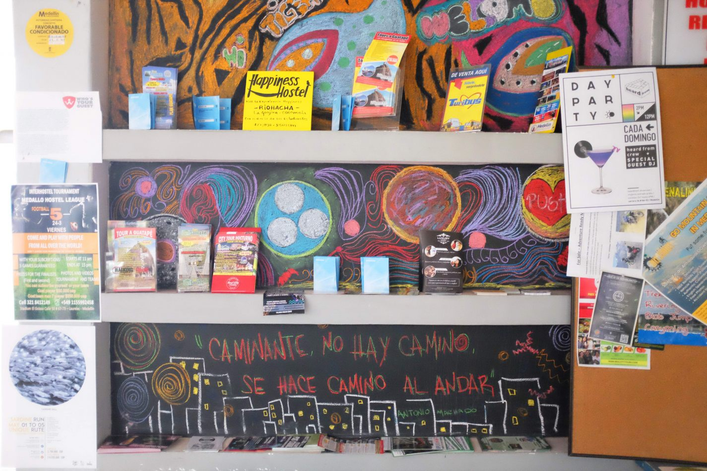 Hibiscus & Nomada : - - Tiger Paw Hostel