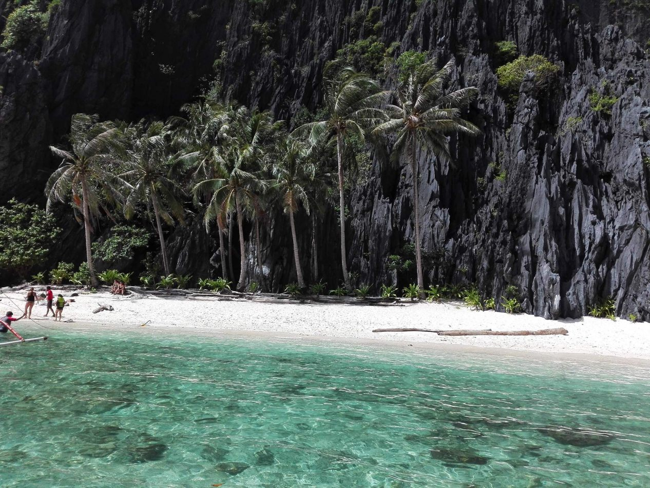 Hibiscus & Nomada : - - Secret Lagoon, El Nido
