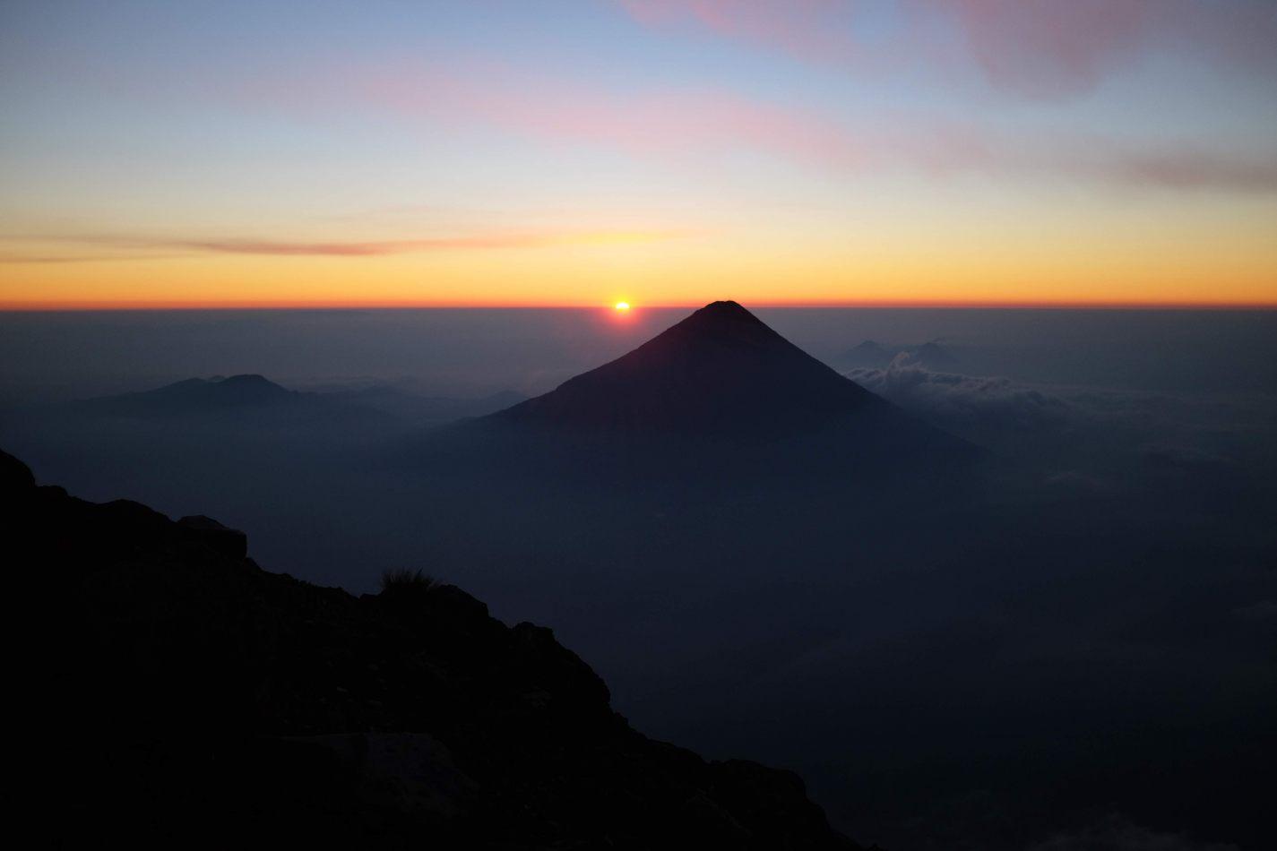 Hibiscus & Nomada : - - Sunrise behind Agua Volcano