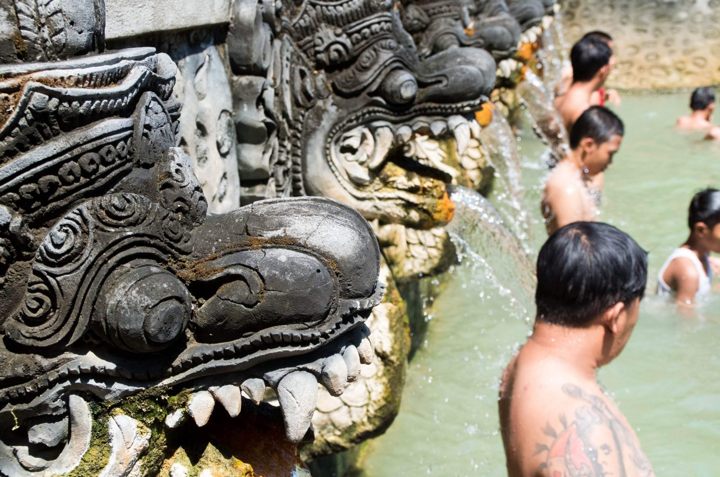 Hibiscus & Nomada : Bali - Holy Spring Water Temple