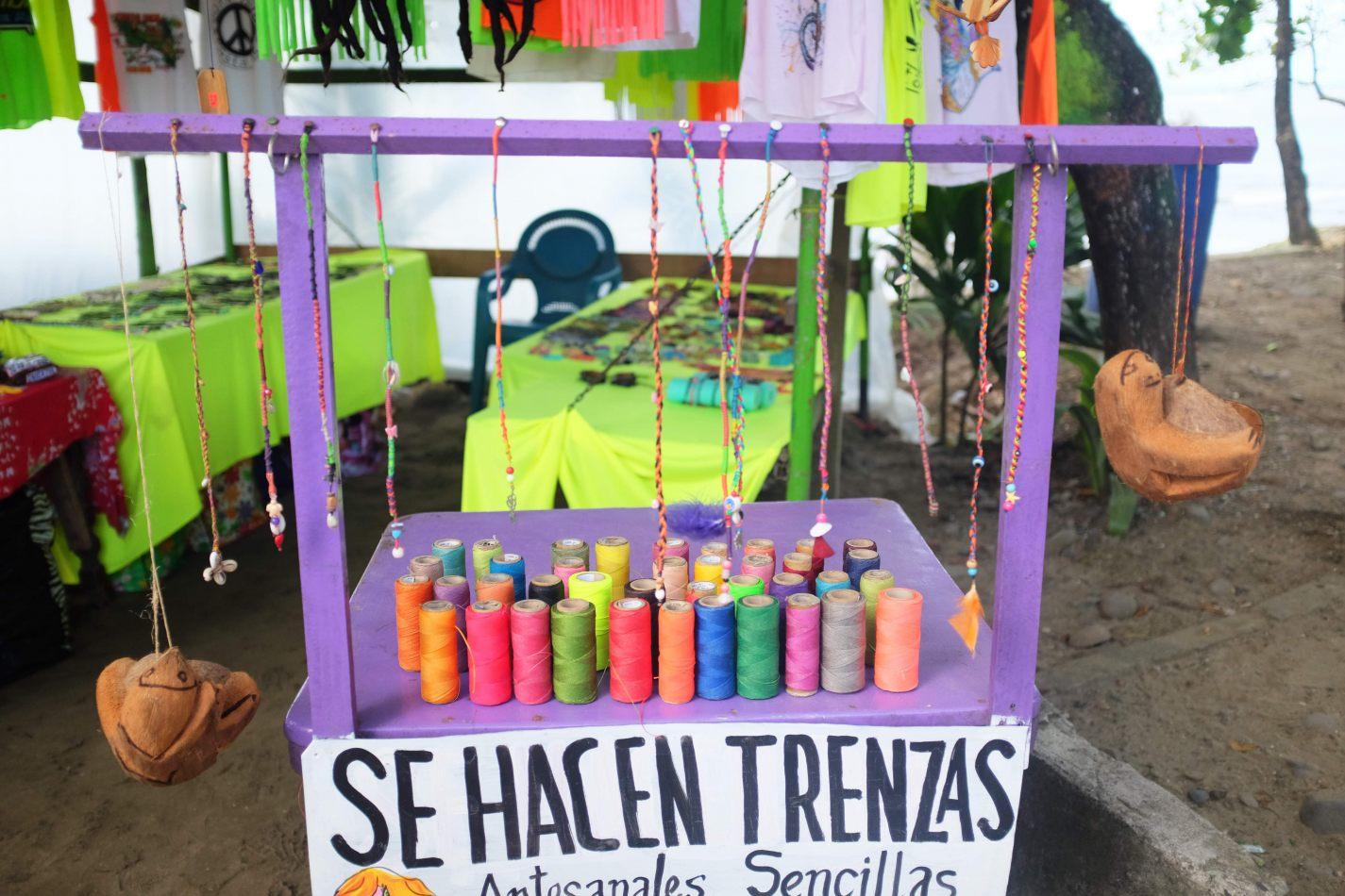 Hibiscus & Nomada : - - Puerto Viejo