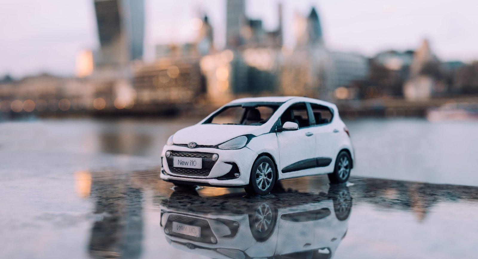 Hyundai i10 in the city