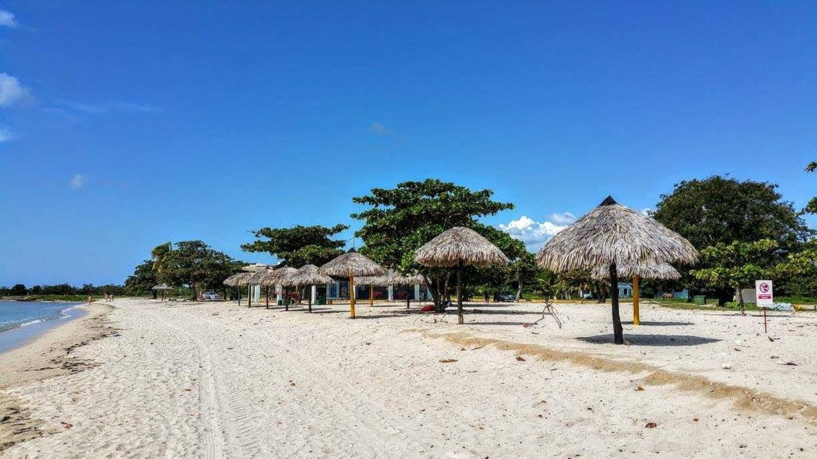 Hibiscus & Nomada : - - Playa Ancon, Cuba, Backpacking, Backpackers, Carib